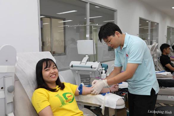 Giọt máu sẻ chia với bệnh nhi ung thư - Ảnh 2.