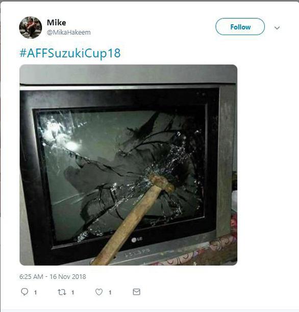 Cổ động viên Malaysia giận dữ vì thất bại của đội nhà - Ảnh 4.