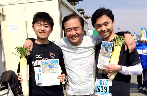 Chạy marathon ở tuổi 64 - Ảnh 1.