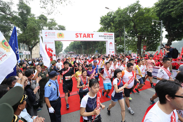 Giải chạy Kizuna Ekiden: Ngày hội thể thao vui vẻ - Ảnh 30.