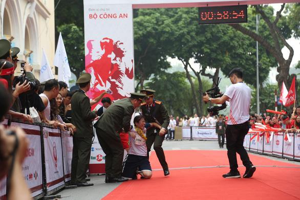 Giải chạy Kizuna Ekiden: Ngày hội thể thao vui vẻ - Ảnh 14.