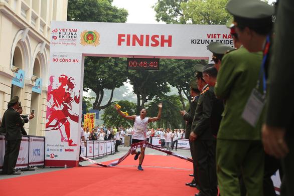 Giải chạy Kizuna Ekiden: Ngày hội thể thao vui vẻ - Ảnh 11.