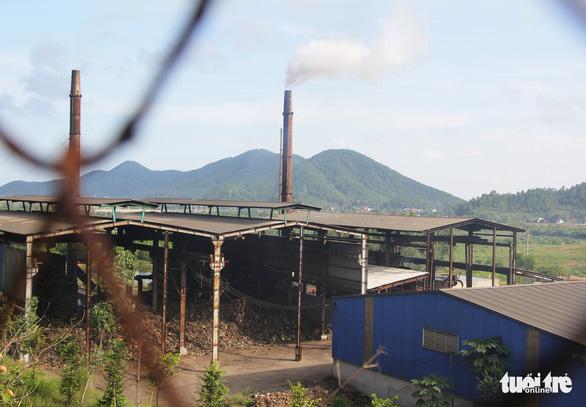 Sẽ di dời dân sống gần khu xử lý rác lớn nhất Nghệ An - Ảnh 1.
