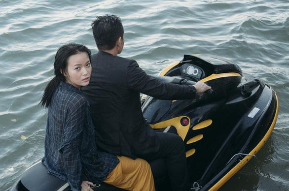 Vy Oanh mang nhiều cảnh hành động vào MV Đường tình chia hai - Ảnh 1.