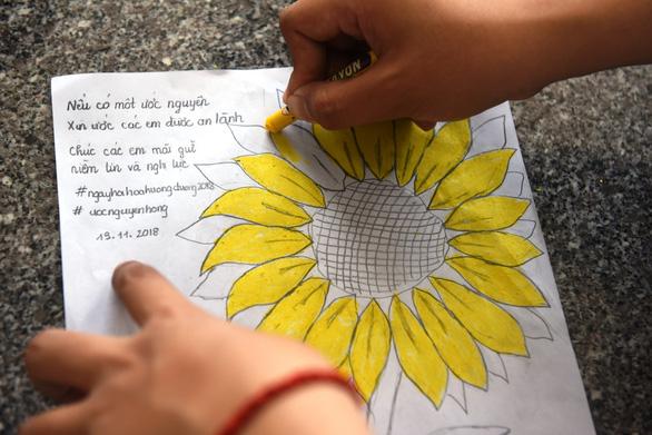 Sinh viên chung tay hưởng ứng chiến dịch 'Tôi đồng hành' - Ảnh 6.