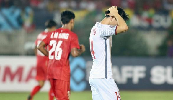 Tuyển VN vẫn có thể bị loại khỏi AFF Cup 2018 - Ảnh 1.