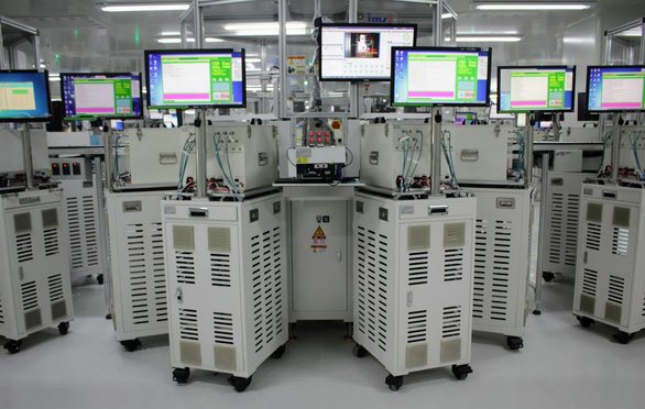 Quy trình sản xuất smartphone tại nhà máy của OPPO - Ảnh 4.