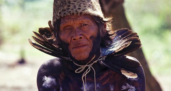 10 bộ lạc sống tách biệt và bí ẩn nhất thế giới hiện đại - Ảnh 8.