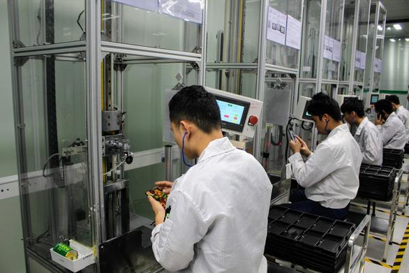 Quy trình sản xuất smartphone tại nhà máy của OPPO - Ảnh 8.