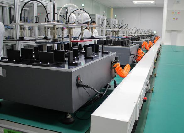 Quy trình sản xuất smartphone tại nhà máy của OPPO - Ảnh 9.