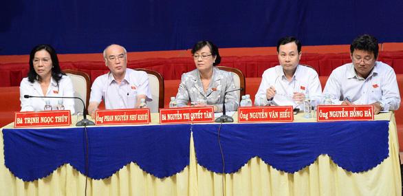 Bà Nguyễn Thị Quyết Tâm tiếp xúc cử tri Thủ Thiêm - Ảnh 2.