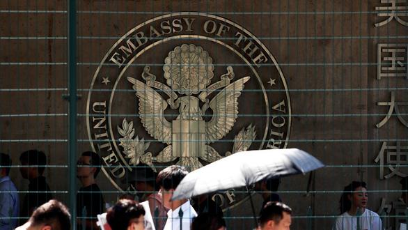 Mỹ rút bỏ ưu đãi thị thực 10 năm với một số học giả Trung Quốc - Ảnh 1.