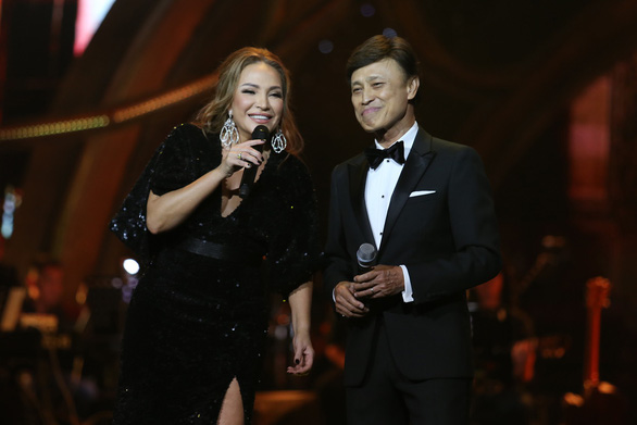 Hát sai, Mỹ Tâm và Hà Anh Tuấn xin hát lại - Ảnh 4.