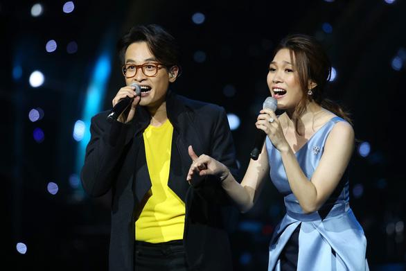 Hát sai, Mỹ Tâm và Hà Anh Tuấn xin hát lại - Ảnh 6.