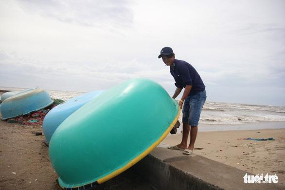 Ninh Thuận, Vũng Tàu, các tỉnh miền Tây dồn lực chống bão - Ảnh 9.