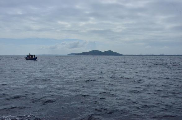 Xin nhận chìm 15,5 triệu m3 chất nạo vét cách đảo Lý Sơn 28km - Ảnh 2.