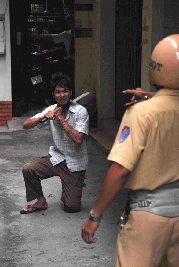 Gặp CSGT bắt cướp trong bộ ảnh nổi tiếng 11 năm trước - Ảnh 6.