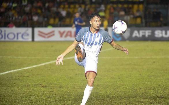 Tiền đạo Philippines tuyên bố phá lưới tuyển VN - Ảnh 1.