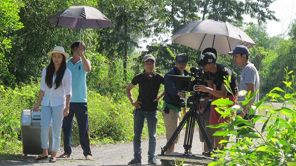 Phim Việt hết thời nở rộ, đang độ... lụi tàn - Ảnh 1.