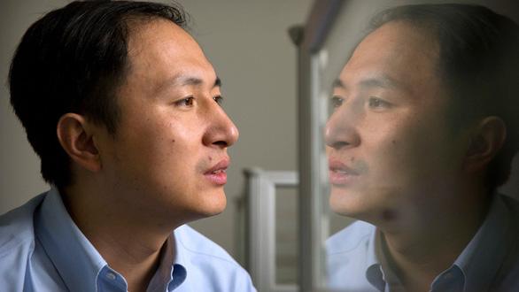 Thiên tài điên chỉnh sửa gen từng mơ thành Einstein của Trung Quốc - Ảnh 1.