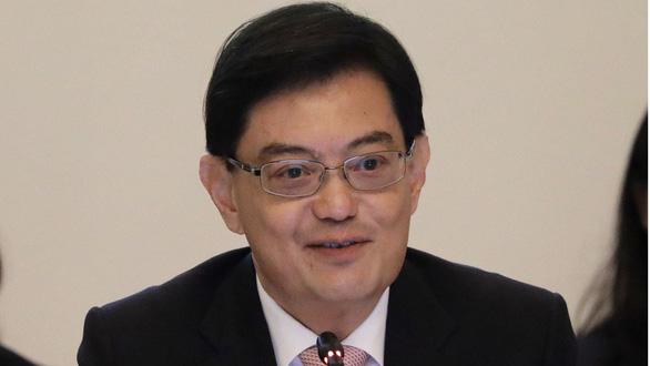 Bất ngờ cuộc lựa chọn người kế vị Thủ tướng Lý Hiển Long - Ảnh 1.