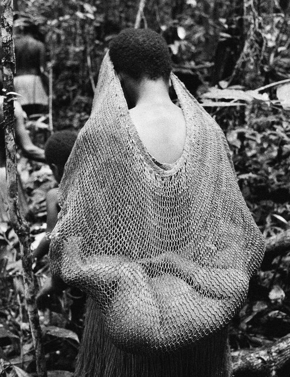 Tới Tây Papua xem bộ lạc Kombai làm nhà cao chót vót - Ảnh 6.