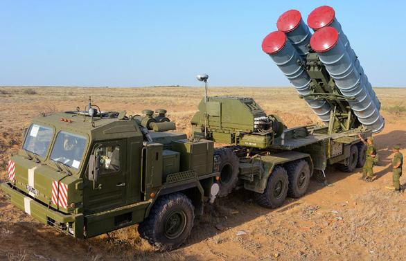 Nga triển khai thêm tên lửa S-400 trên bán đảo Crimea - Ảnh 1.