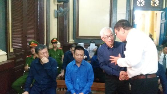 Ông Trần Phương Bình thấy có lỗi vì chưa trung thực với Vũ nhôm - Ảnh 2.