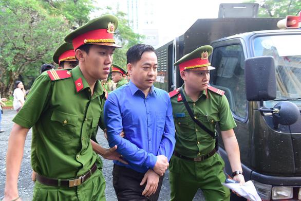 Vũ nhôm hứa trong 1 tháng trả hết tiền cho ông Trần Phương Bình - Ảnh 1.