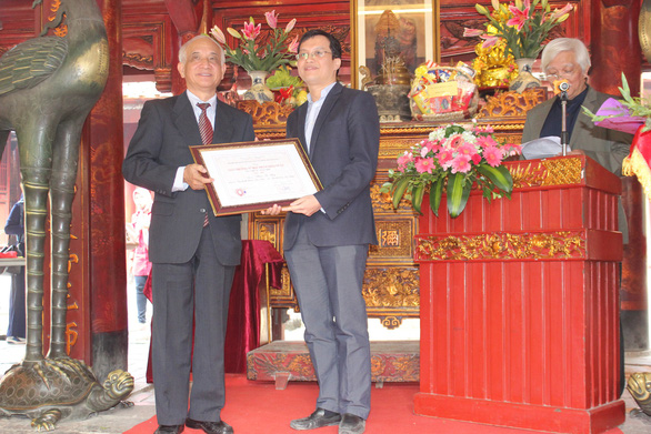 Cháu ngoại GS Phan Huy Lê nhận giải nhất giải thưởng Phạm Thận Duật - Ảnh 1.