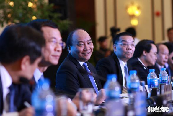 Thủ tướng Nguyễn Xuân Phúc đối thoại với người trẻ khởi nghiệp - Ảnh 1.