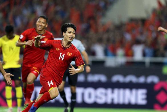 Bất bại ở AFF Cup, Việt Nam lọt top 100 thế giới - Ảnh 1.