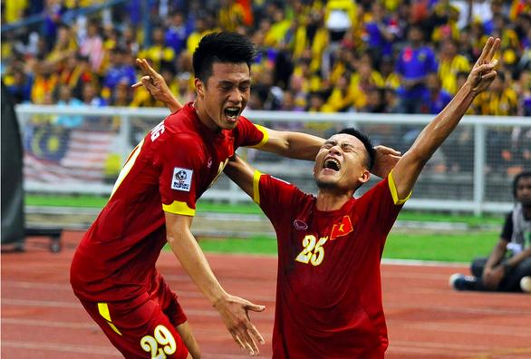 Tuyển Việt Nam ưa đấu trên sân khách - Ảnh 2.