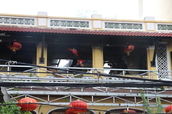 Cháy nhà hàng ở khu phố Tây Nha Trang - Ảnh 5.