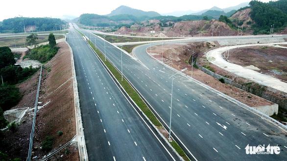 Đường cao tốc 12.000 tỉ giúp Hà Nội đi Vân Đồn chỉ còn 2,5 giờ - Ảnh 4.