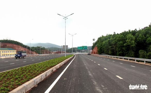Đường cao tốc 12.000 tỉ giúp Hà Nội đi Vân Đồn chỉ còn 2,5 giờ - Ảnh 5.