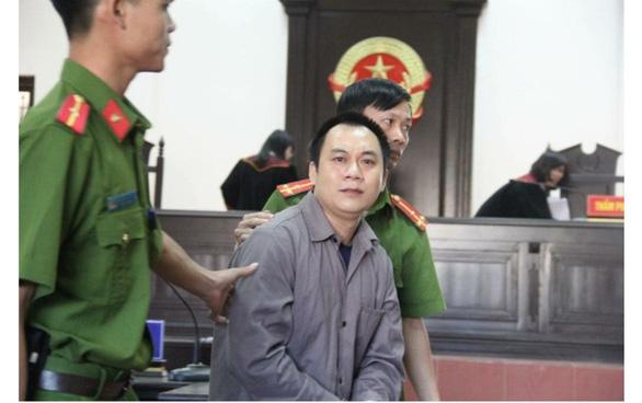 Hủy 2 bản án của tòa Thái Nguyên vụ lùi xe trên cao tốc - Ảnh 1.