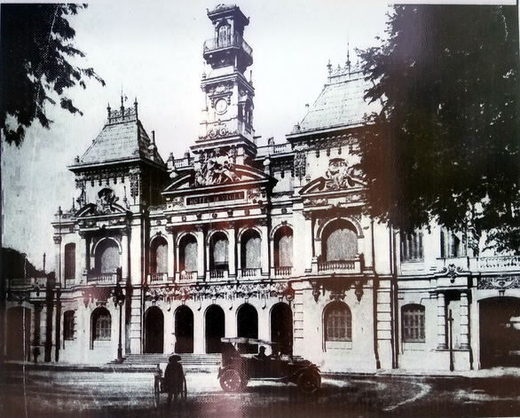 Ấn tượng về kiến trúc Pháp trên phố đi bộ Nguyễn Huệ - Ảnh 6.