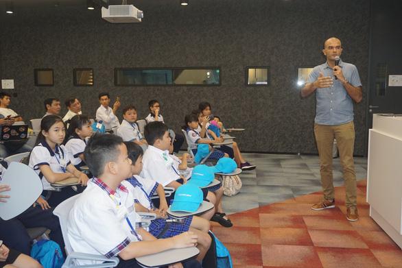 Một ngày của học trò Việt ở Google châu Á - Thái Bình Dương - Ảnh 4.