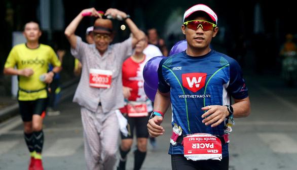 """""""Siêu nhân"""" chạy 100km sẽ thi đấu tại Kizuna Ekiden - Ảnh 1."""