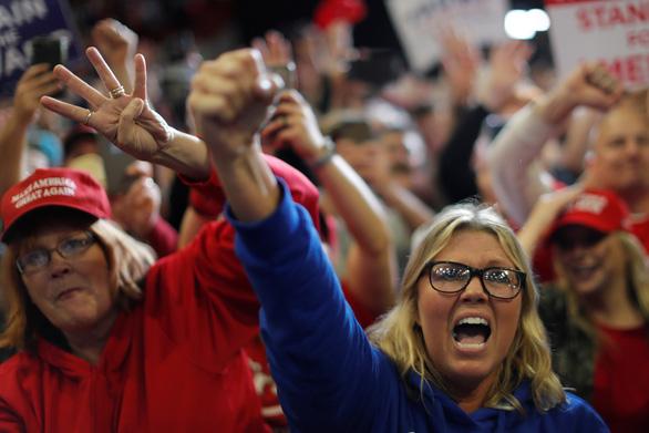Nước Mỹ chia rẽ trước bầu cử giữa kỳ - Ảnh 4.