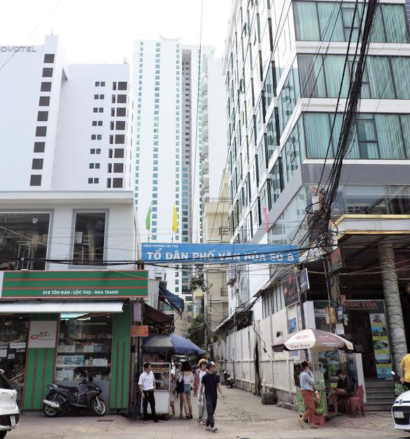 Đề nghị dừng xây nhà cao tầng: UBND tỉnh Khánh Hòa sẽ xem xét - Ảnh 1.