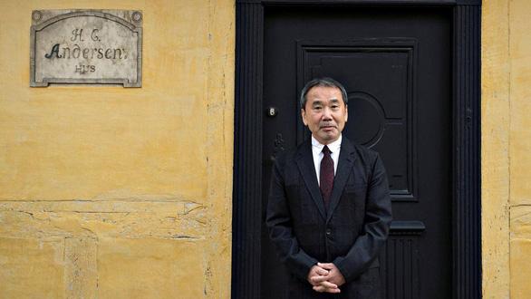 Nhà văn Murakami mở thư viện - Ảnh 1.