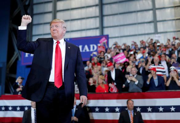 CNN, NBC, Fox News kéo nhau tẩy chay quảng cáo của ông Trump - Ảnh 3.