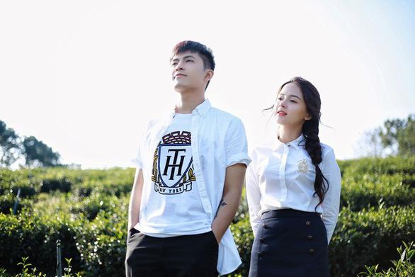 Gin Tuấn Kiệt tung phim ngắn ngôn tình Thanh xuân là cả một đời  - Ảnh 1.