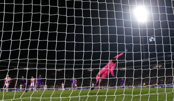 Thua sốc CLB của Serbia, Liverpool tự gây khó ở Champions League - Ảnh 3.