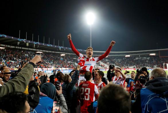 Thua sốc CLB của Serbia, Liverpool tự gây khó ở Champions League - Ảnh 4.