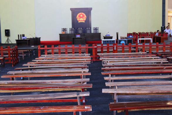 Phòng xử chứa 2.000 người cho phiên tòa 2 cựu tướng công an - Ảnh 3.