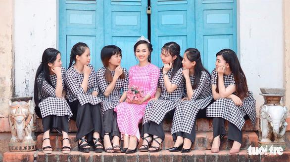 Nhộn nhịp làng dệt choàng trăm tuổi ở miền Tây - Ảnh 6.