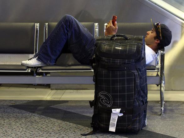 Bí quyết qua cửa an ninh sân bay nhanh và thảnh thơi nhất - Ảnh 2.
